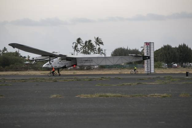 Solar Impulse auf dem Kalaeloa Airport in Hawaii