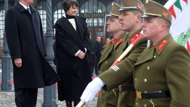 Ungarns Präsident Pal Schmitt und Bundespräsidentin Micheline Calmy-Rey