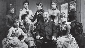 Die Pfarrfamilie Baumann von Brittnau um 1887. Das Original dieses Bildes befindet sich im Album von Helene Jagmetti-Baumann. ZVG