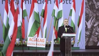 Ungarns Ministerpräsident Viktor Orban spricht auf einer Wahlkampfveranstaltung in Budapest.