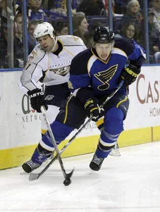 Nach dem Draft von 2006 noch eine weitere Saison im US-Universitätshockey. Hat in Colorado einen Siebenjahresvertrag im Wert von 42 Mio Dollar.