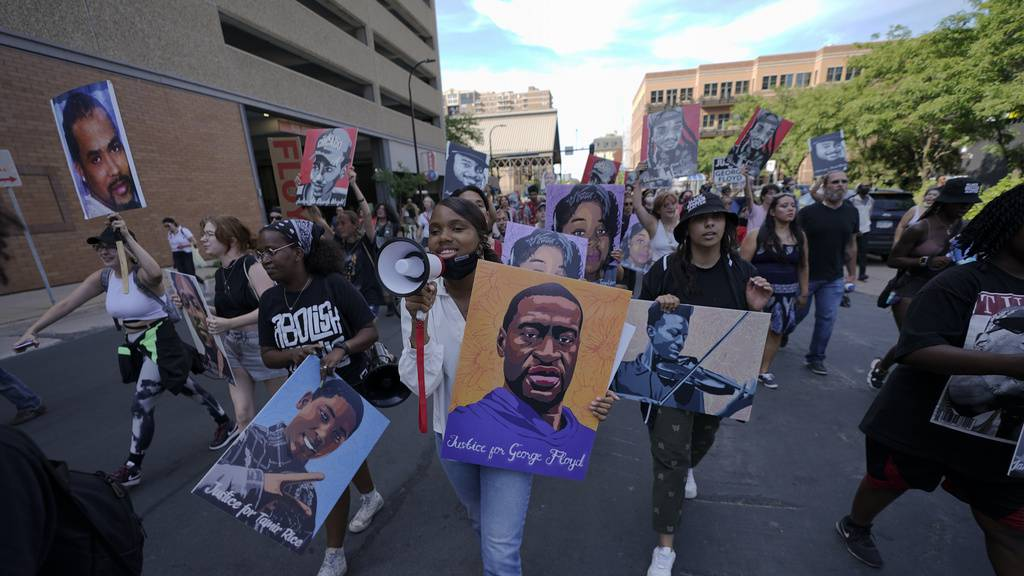 George-Floyd-Prozess in USA: 22,5 Jahre Haft für Ex-Polizisten