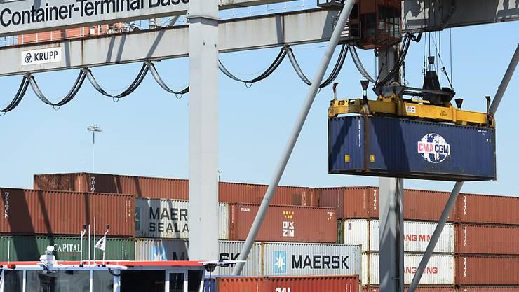 Im April haben die Schweizer Firmen mehr Waren ins Ausland verkauft. (Symbolbild)