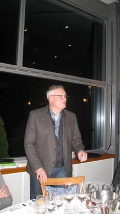 Gregor Schönau vermochte die Weinfreunde mit seinen Kommentaren zu überzeugen
