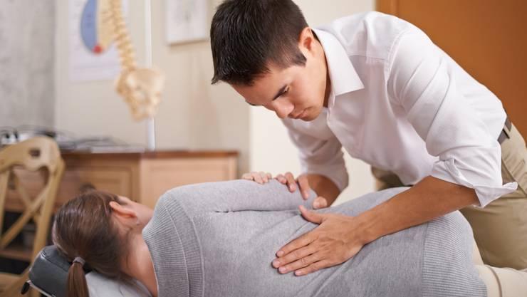 Auch bei psychosomatischen Beschwerden können Osteopathen oft Linderung verschaffen.