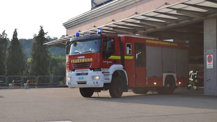 Die Feuerwehr Brugg sollte innert 10 Minuten mit 10 Mann in Riniken vor Ort sein.