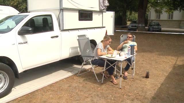 Zeltplatz vs Wohnwagencamping: Der Vergleich am Heitere Openair