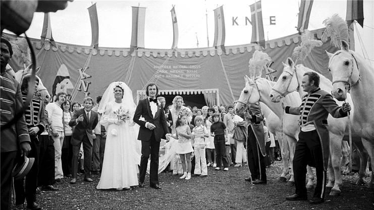 Fredy Knie jun. heiratet 1972 Mary-José Galland. Die Hochzeitszeremonie fand im Zirkuszelt auf der Luzerner Allmend statt. KEYSTONE