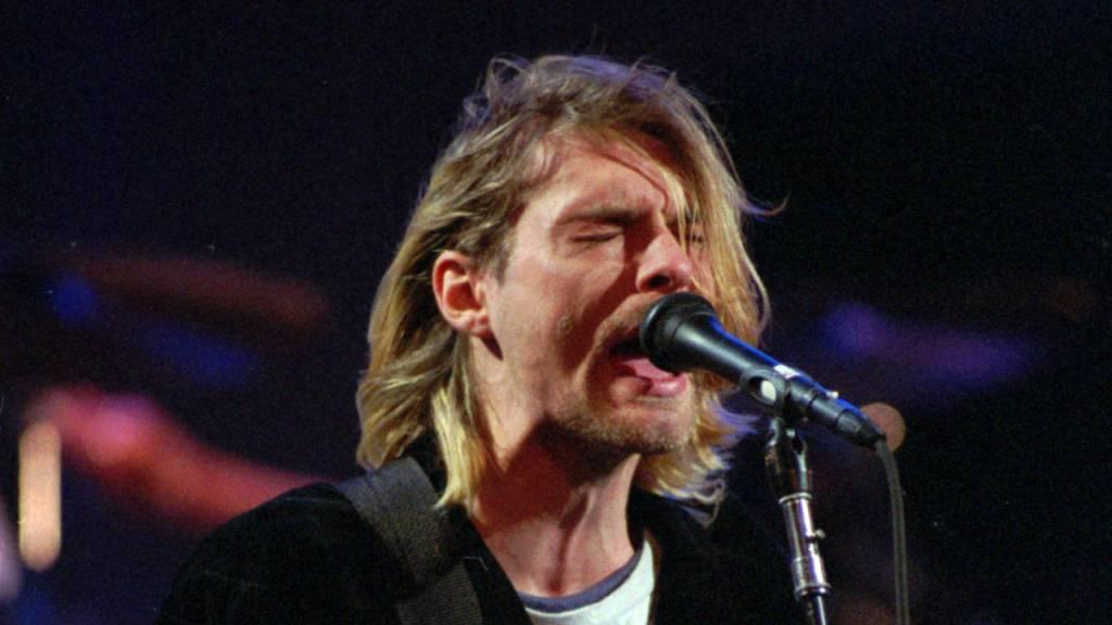 Gitarre und Strickjacke von Kurt Cobain werden versteigert