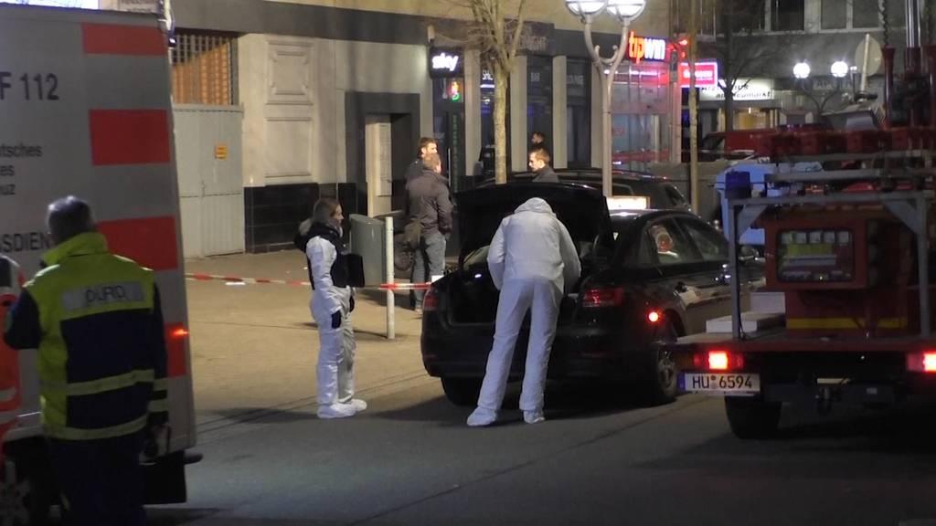 Hanau (DE) erschüttert: Elf Tote bei Schussabgabe