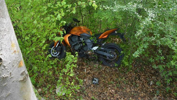 Das Motorrad der verunglückten Lenkerin.