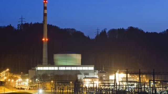 Die Grünen und die SP verlangen nach wie vor die Abschaltung des Atomkraftwerks Mühleberg (Archiv)