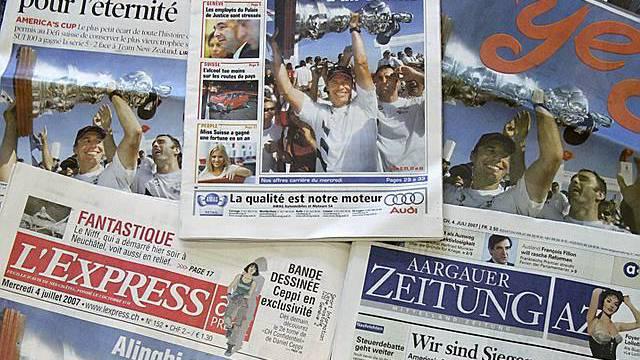 Schweizer Zeitungen uneinheitlich