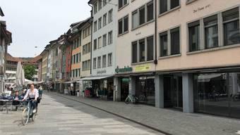Die Häuser zum Hecht und zur Sonne gehören seit 1978 der «Vaudoise». Im Sommer könnte hier ein neuer Mieter einziehen.