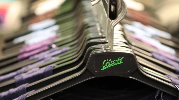 Trotz widriger Marktverhältnisse hat die Schweizer Billig-Mode-Kette Chicorée im letzten Jahr ihren Umsatz gesteigert.