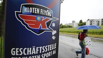 Nationel League plant (und hofft) mit den Kloten Flyers.