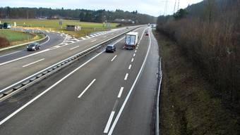 Vor der Ausfahrt Rheinfelden West sollen Autofahrer künftig den Pannenstreifen als Fahrspur nutzen dürfen.