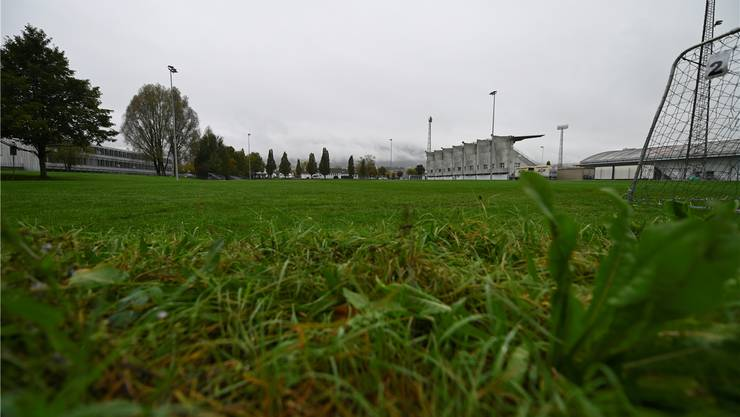 Das Kunstrasenfeld soll neben dem Stadion Brühl entstehen.