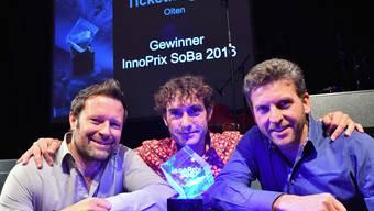 Reto Baumgartner und die weiteren Gründer Mike Müller und Urs Koller (von links) während der Innoprix-Preisverleihung. Damals hiess das Start-up noch Ticketfrog.