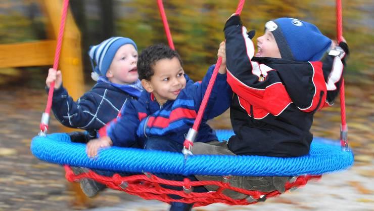 Eltern dürfen Betreuungsregelung für Kinder bei einer künftigen Trennung nicht im Voraus regeln, sagt das Bundesgericht.
