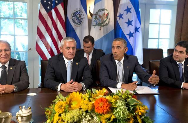 Die Präsidenten Cerén, Molina, Obama und Hernández (v. l. n. r)
