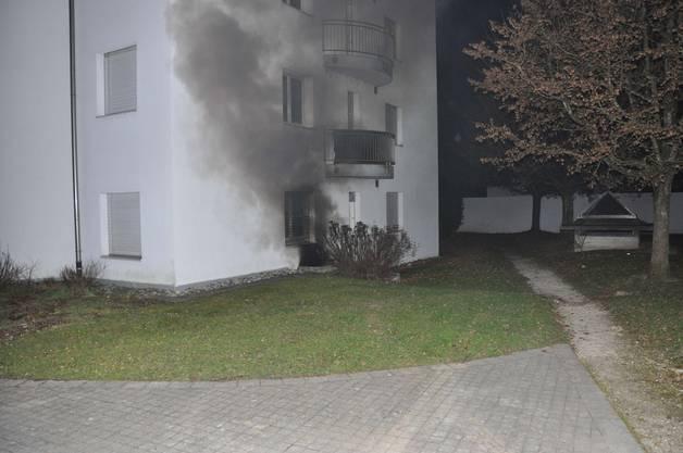 Wegen Verdacht auf Rauchgasvergiftung mussten 6 Personen in ärztliche Behandlung.