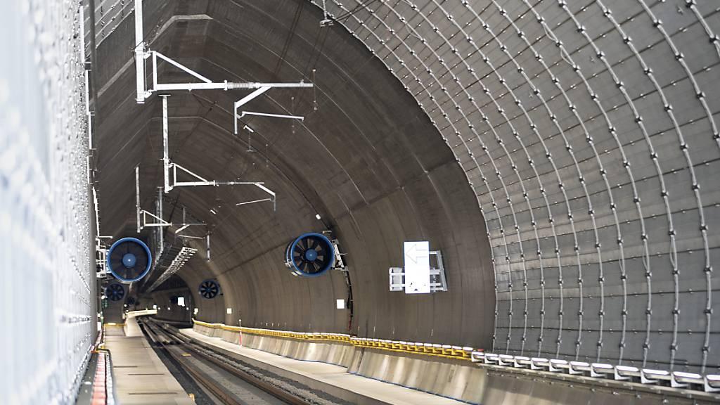 Zug bleibt bei Probefahrt im Ceneri-Tunnel stecken