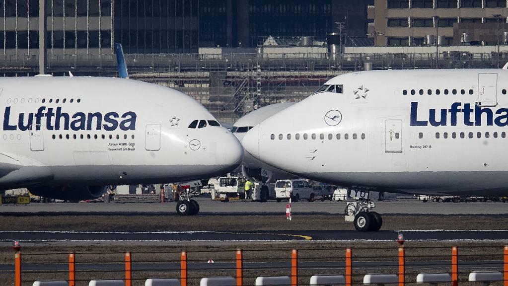Lufthansa kann Verlust verringern (Archivbild).