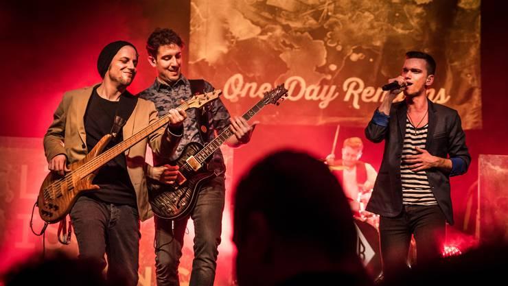 Plattentaufe: Claudio Berger (Bass), Claudio Rodriguez (Gitarre), Silvan Stirnimann (Schlagzeug) und Pedro Rodrigues (Gesang).