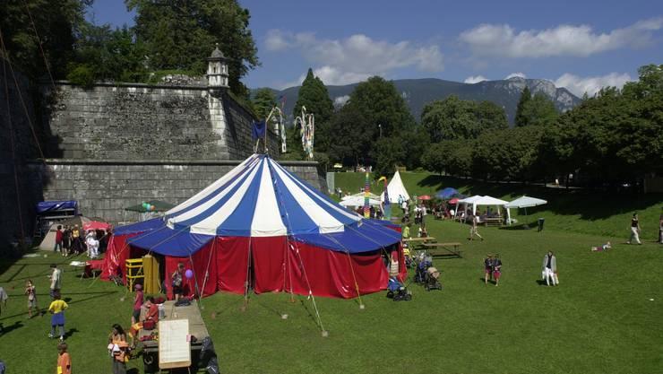 Zum 19. Mal findet heuer das Sommerfest der Rudolf Steiner Schule statt. Hier das Fest aus dem Jahre 2004.