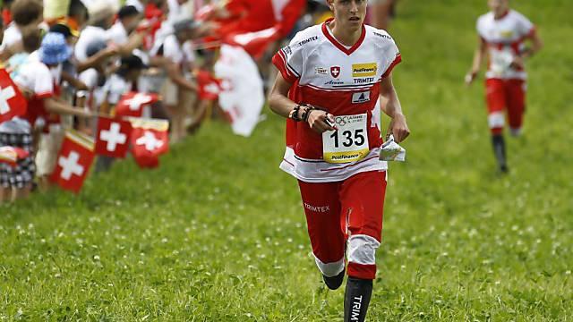Matthias Kyburz steuerte seinen Teil zum Sieg in der Staffel bei.