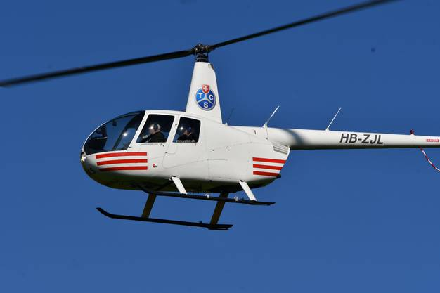 Christoph Blocher kommt im Helikopter nach Amriswil (TG).