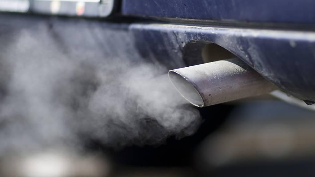 1,70 Franken pro Liter Treibstoff und Heizöl wäre nötig