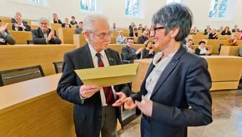 Letzte Parlamentssitzung in alter Formation: Grossräte und Baudirektor Beyeler verabschiedet
