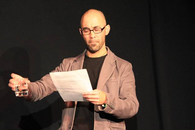 Simon Chen liest die Ode ans Wasser