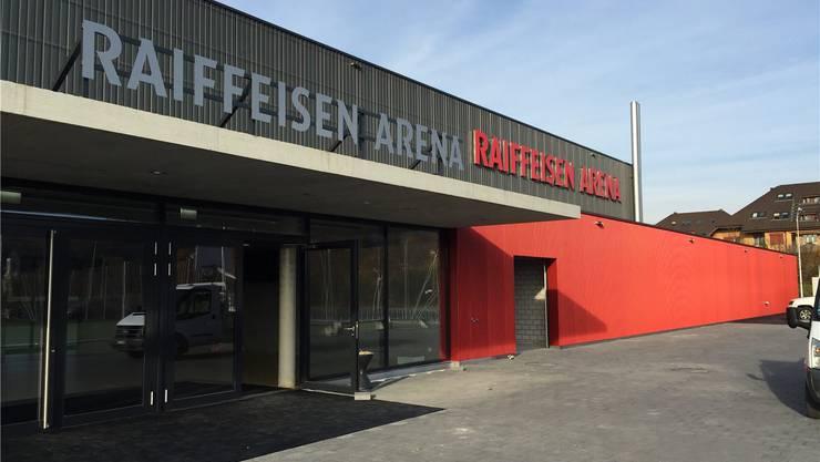 Die Raiffeisen Arena steht vor der Eröffnung.