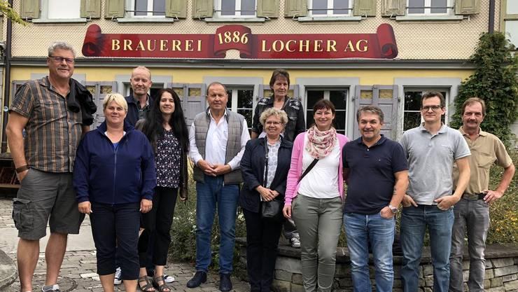 Nach dem Mittagessen war dann das Highlight des Tages, die Besichtigung der Brauerei Locher AG, mit der anschliessenden Degustation von den Appenzeller Brauquöll-Bieren inkl. Säntis Malt Whisky für uns Schreiner angesagt, welches für das Spülen der staubigen Schreiner-Kehlen sehr gut war.
