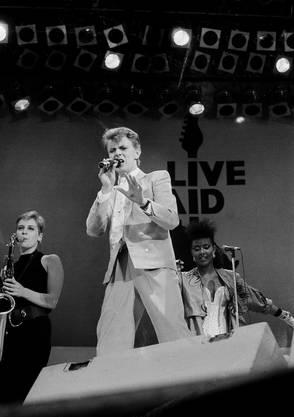 David Bowie am Live-Aid-Konzert 1985 im Londoner Wembley Stadion.