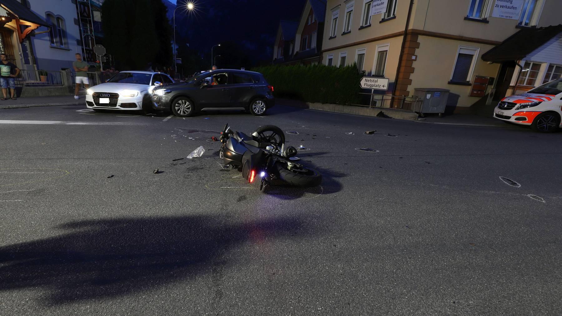An dieser Kreuzung in Mollis kam es zum tödlichen Unfall.