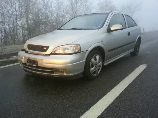 Ein zweites Auto, ein Opel, wurde leicht an der Front beschädigt.