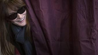 Lieber auf der Bühne als im Palast: Carla Bruni (Archiv)