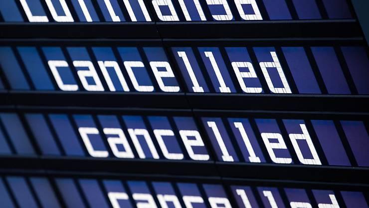 Lufthansa streicht wegen Software-Panne bei Flugsicherung Flüge in Deutschland. (Archiv)