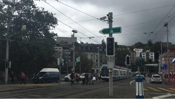 Teilweise fielen selbst die Ampeln in der Zürcher Innenstadt aus.
