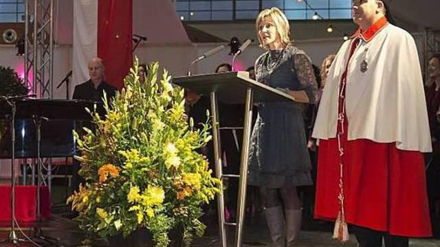 Die höchste Schweizerin Maya Graf spricht an der offiziellen Feier der Stadt Basel in der Markthalle