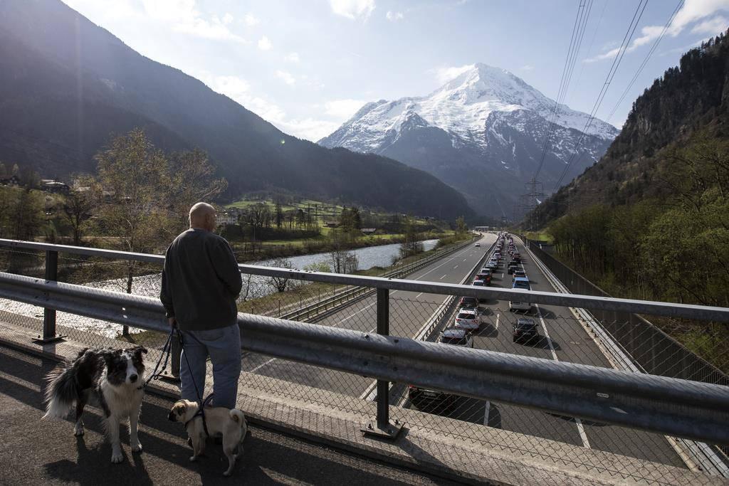 Stau am Gotthard (© Keystone)