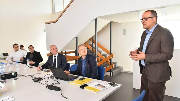 Medienkonferenz zum Projekt Sälipark 2020 im Oltner Stadthaus mit v.l. Frei, Heinz Rüedi, Martin Wey, Markus Dietler und Thomas W. Jung