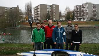 Basler Olympiahoffnungen: Die Leistungsgruppe A mit Trainer Marc Jegou (hinten rechts).