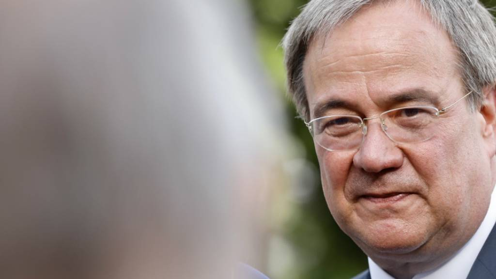 Deutscher CDU-Kanzlerkandidat schwächelt in Umfrage