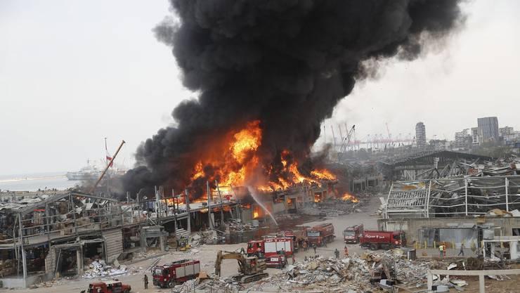 Im Hafen von Beirut ist am Donnerstag erneut ein Brand ausgebrochen.