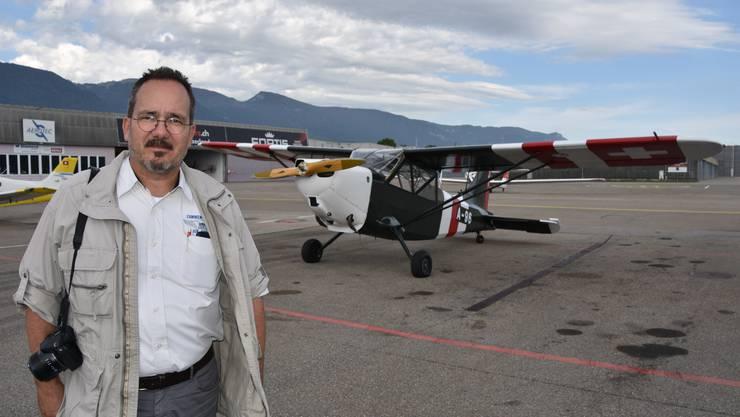 Kuno Gross hat die Geschichte der Stinson L-5 Sentinel und ihrer Besatzung in einem Buch aufgearbeitet.